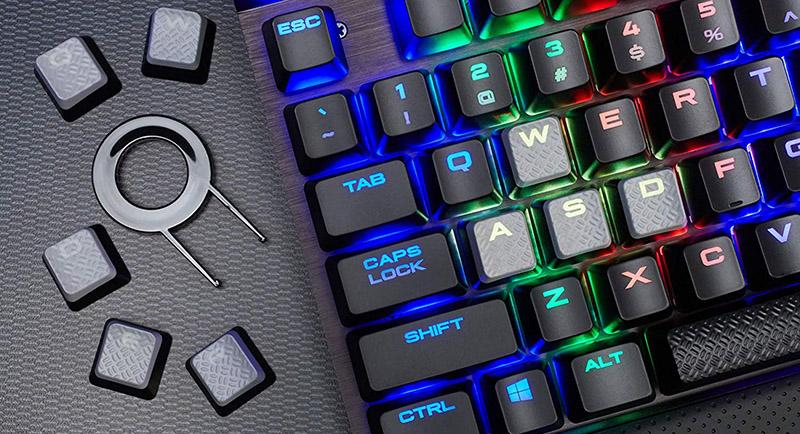 Corsair K70 LUX RGB Clavier Gamer