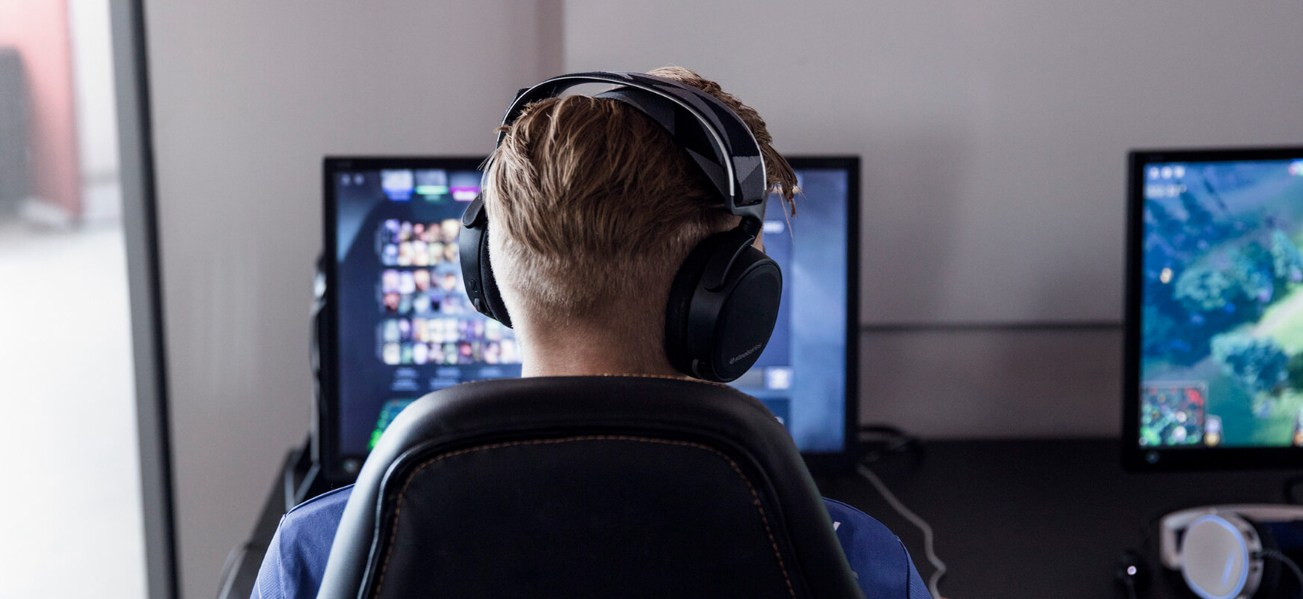 SteelSeries Arctis 7, Casque Gaming, sans Fil, DTS 7.1 Surround